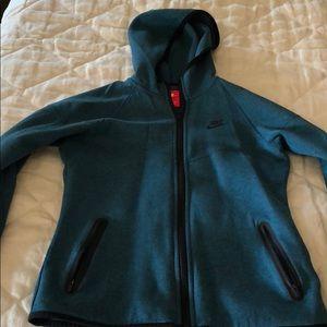 Nike woman's zip up running sweater shirt